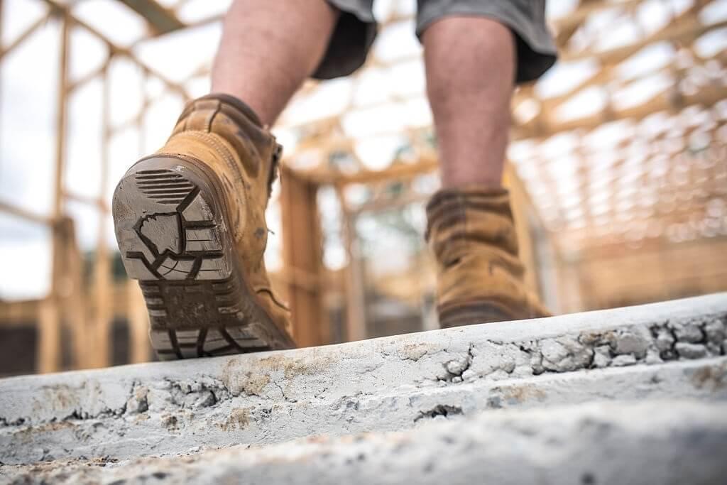 ویژگی های یک کفش ایمنی